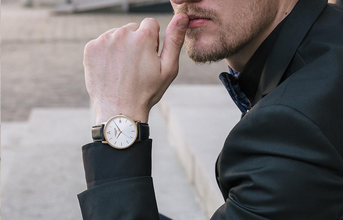 Mens gold black Watch