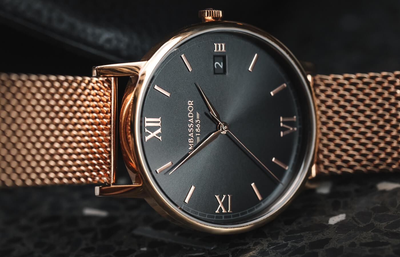 Gold watch under 200
